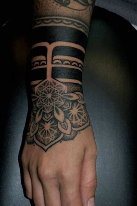 foto de 80+ Sacred Geometry Tattoos that Will Take Your Breath