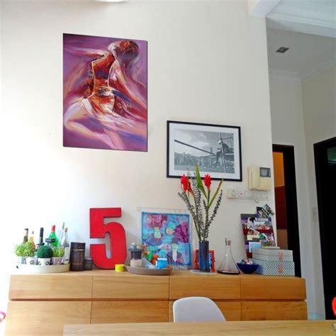 fille nue chambre idee deco chambre peinture danseuse sur fond violet 80x60 cm