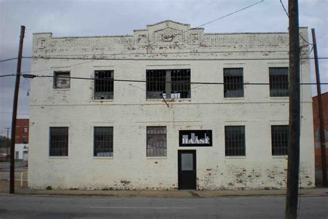 Get directions, reviews and information for demolition coffee in petersburg, va. Southern Express Lofts | Waukeshaw Development
