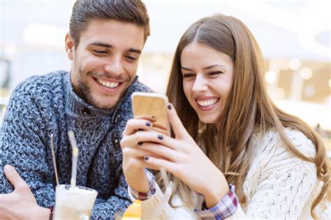 femme faisant l amour au bureau amitié homme femme les pièges à éviter séduction
