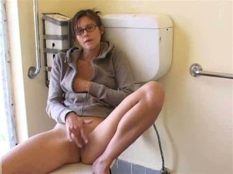 Old Stepdaddy Wanking In Private Toilet Touching Three Of My Curly Neighbor In Hotel