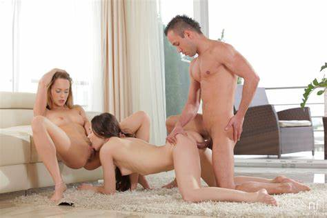 Nubile Chick Sensual Threesome