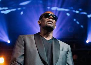 Jim DeRogatis on his R. Kelly story for BuzzFeed.