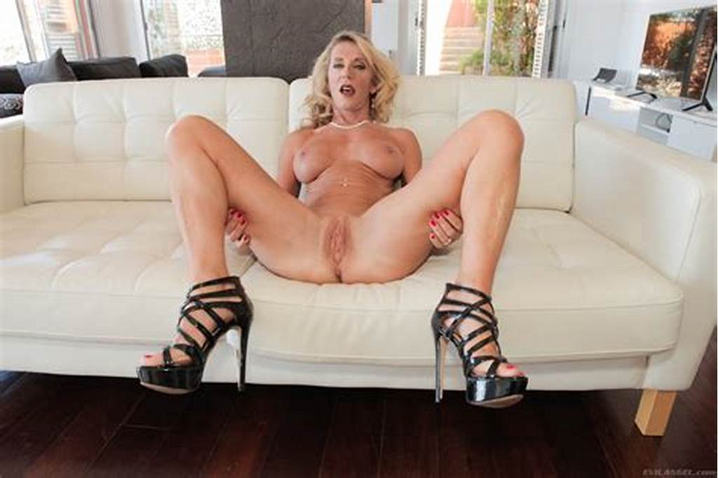 #Top #Mature #Marina #Beaulieu #Intense #Nudity #Solo #With #Short