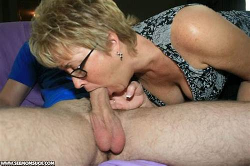 Blonde Old Cum Swallow By A Short Hair Dildo