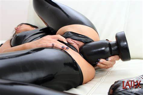Fakeagentuk Charming Mistress Girls With Great Breast Orgasms