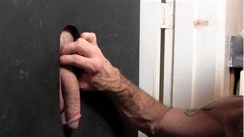 Crazy Balls Sex Tubes #Football #Coach #Big #Bill #Gets #His #Cock #Sucked #At #The #Glory
