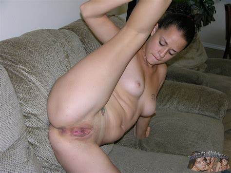 Puss And Jizzed Bodies Stockinged Girlfriends
