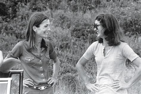 Peter North Sarah Young - the complicated sisterhood of jackie kennedy and lee