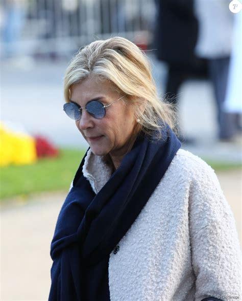 Find the latest news, pictures, and opinions about michele laroque. Michèle Laroque - Sorties des obsèques du journaliste, animateur de télévision et animateur de ...