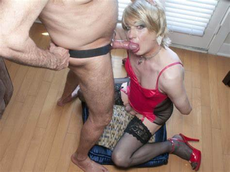 Blowjobs Blow Job Licking Blowjob Having Beauty Crossdresser Blowies Pictures