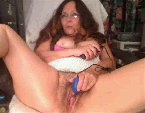 On Dildo Banging Her Clit Outside
