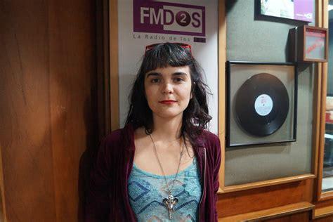 """Listen to albums and songs from camila moreno. Camila Moreno estrena su nuevo video """"Sin Mí"""" — FMDOS"""