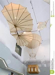 Leonardo Büro Dresden : dresden deutschland mai 2017 alte flugmaschine basiert auf dem leonardo da vinci antique ~ A.2002-acura-tl-radio.info Haus und Dekorationen