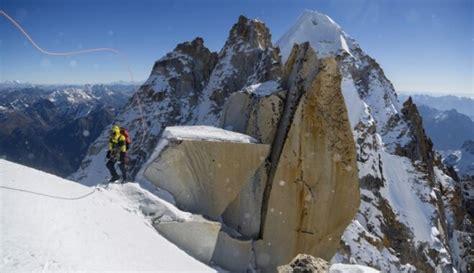 Kalni - slepkavas. Virsotnes, kas prasījušas visvairāk ...