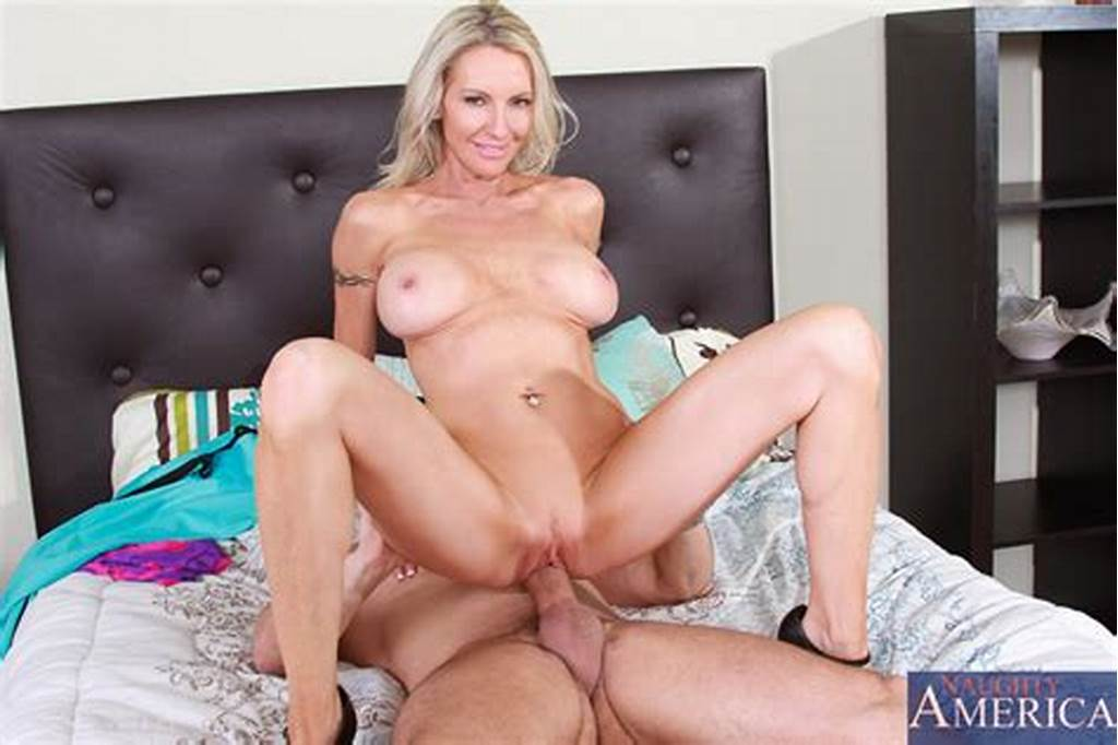 #Lustful #Sexysian #Sexy #Milf #Lucky #Starr #Is #Sliding #Her