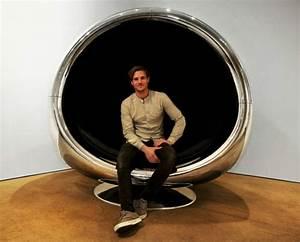 Fauteuil En Oeuf : fauteuil uf design en capot d 39 avion par fallen furniture ~ Farleysfitness.com Idées de Décoration