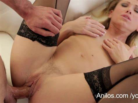 Sultry Milf Anal Dripping With Jizz