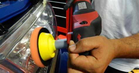 Automašīnu lukturu pulēšana / Marteks.lv