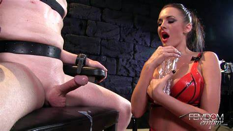 Anneliese Snow Brutal Booty Domination