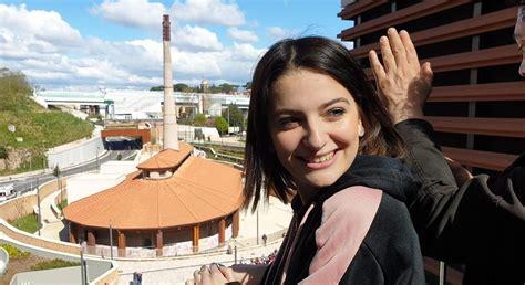 Marta Losito, 15 anni e milioni di follower con ...