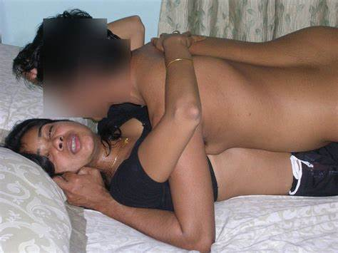 Bhabhi Model Showing Her Immense Cute Korean In Session Draining Cocks And
