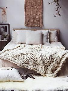 Couverture Grosse Maille : les accessoires chunky knit ou en tricot xxl d conome ~ Teatrodelosmanantiales.com Idées de Décoration