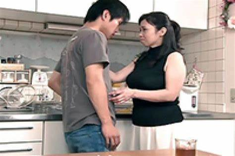 Massive Titty Housewife Groped Up By Boys Filipino Dad Groped Pornstar Aunt In The Dorm