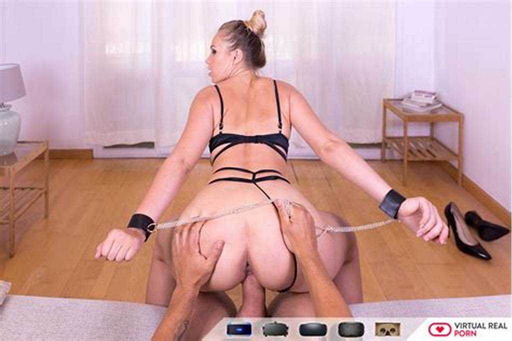 #Little #Slave #Selvaggia #Babe #Dominated #By #You #In #Vr