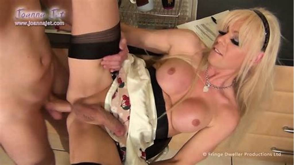 #Shemale #Joanna #Jet #Has #Fun #With #Delivery #Guy