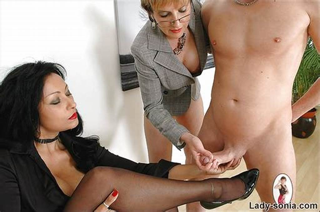 #Mature #Fetish #Lady #Jerking #A #Cumshot #Out #Right #On #Her