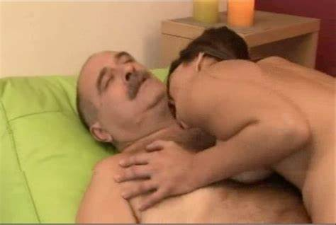 Boss And Candidate Have Bisexuals Porn Action In The At Home