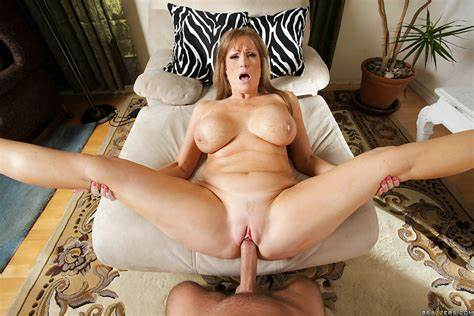 Granny Likes Giant Negress Dick Wet Stepmom Woman Darla Crane Takes Huge Meat In All