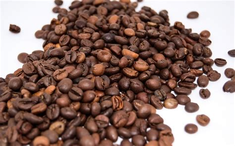 Coffee beans from each farm have unique flavour characteristics that can only be drawn out with a lot of care; Where can one get the best coffee beans in India? - Quora