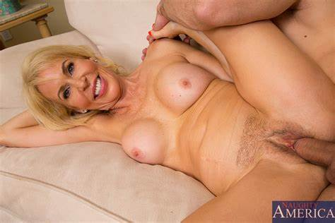Spunky Bitches Riding Huge Cock On Floor