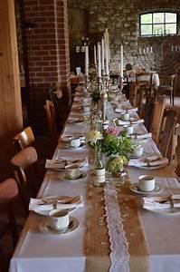 Tischläufer Für Draußen : hochzeitsdeko rustikal tischdeko rustic wedding ~ A.2002-acura-tl-radio.info Haus und Dekorationen