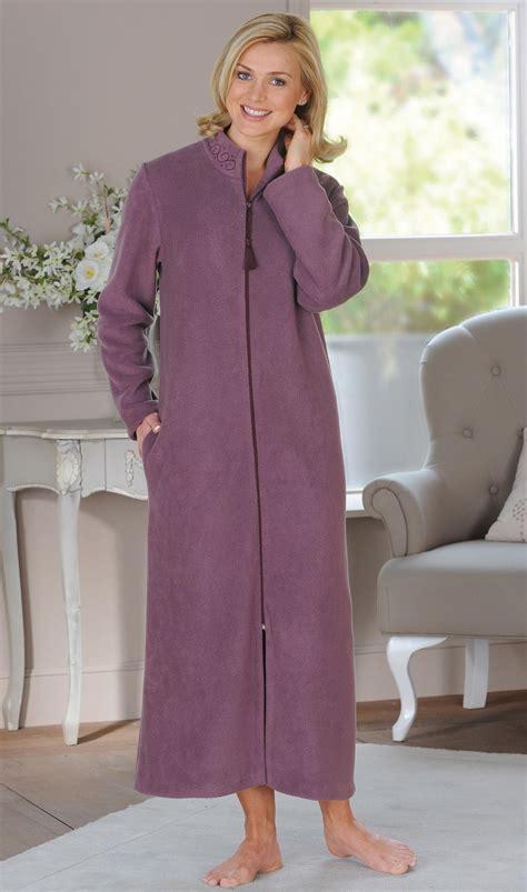 recherche femme de chambre stunning robe de chambre femme contemporary amazing