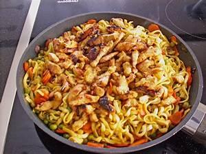 Pute Was Ist Das : gebratene curry nudeln mit pute rezept mit bild ~ Lizthompson.info Haus und Dekorationen