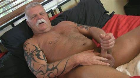 Mature Comely Sex Stars