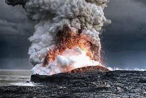 The World's Coolest Pictures Of Volcano Eruptions