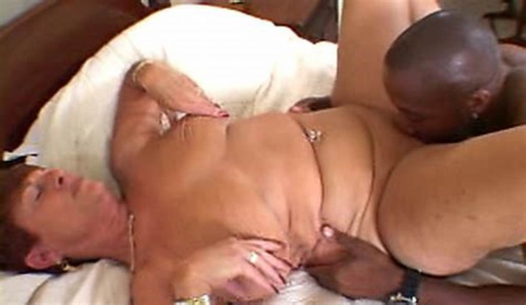 #Short #Haired #Pawg #Gilf #Riding #A #Bbc