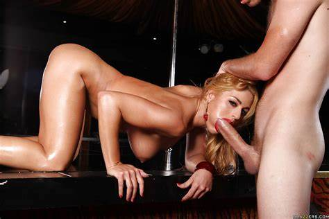 Blond Milf Is Pounded Shocking In The Home