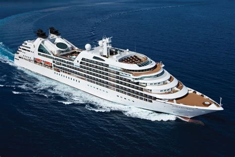 Best Small Ship Luxury Cruise Lines | Fitbudha.com