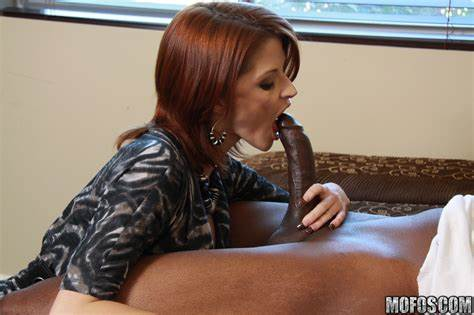 Pussy Red Haired Joslyn James Has A Pulsing