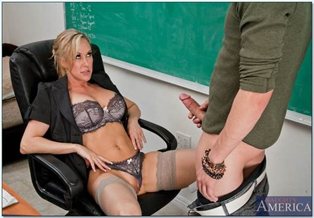 #Sexy #Milf #Teacher #Brandi #Love #Fucked #By #Her #Well #Hung