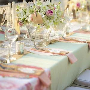 Decoration Salle Mariage Pas Cher : decoration mariage pas cher ~ Teatrodelosmanantiales.com Idées de Décoration
