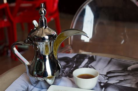Add the coffee and boil over low flame. How to try light Arabic coffee in Dubai