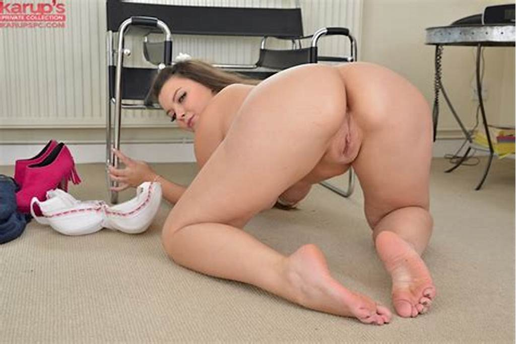 #Amateur #Fatty #Cherry #Demostrates #Her #Big #Tits #And #That