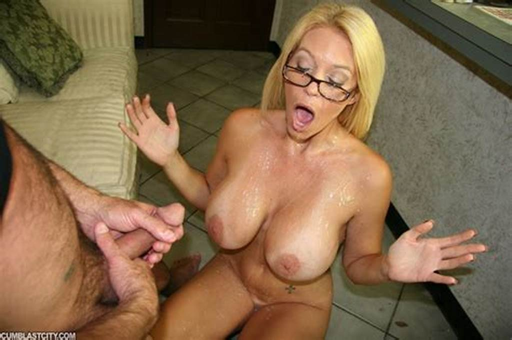 #Sexy #Milf #Wanks #The #Repairman #As #Payment #Gets