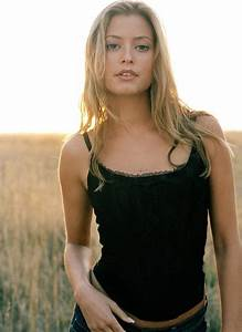 109 best ★ HOLLY VALANCE ★ images on Pinterest   Holly ...